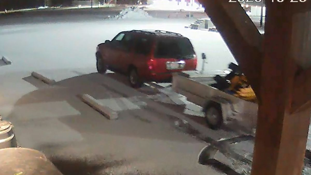Thieves steal new snowblowers