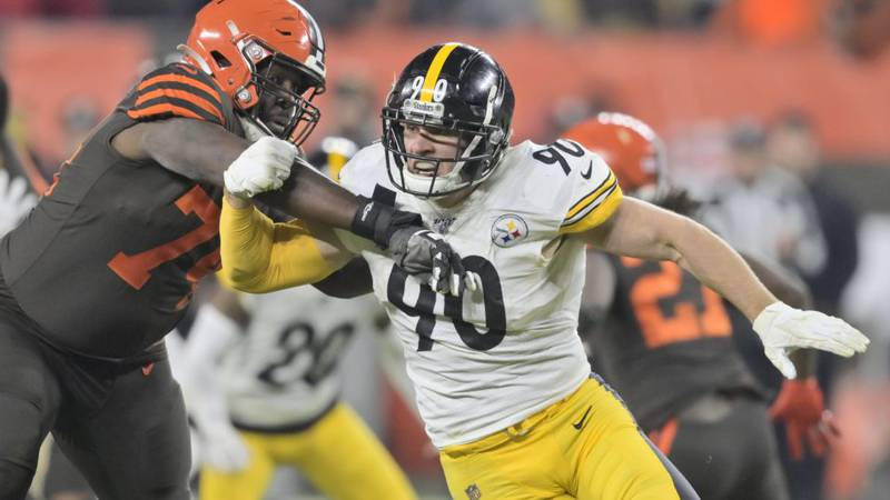 Pittsburgh Steelers outside linebacker T.J. Watt (90) gets past Cleveland Browns offensive...