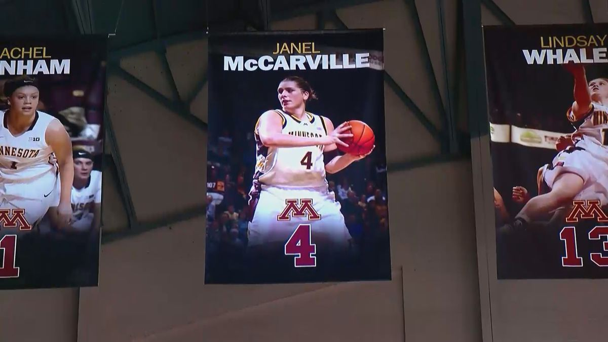 Janel McCarville's number retired by the Gophers.