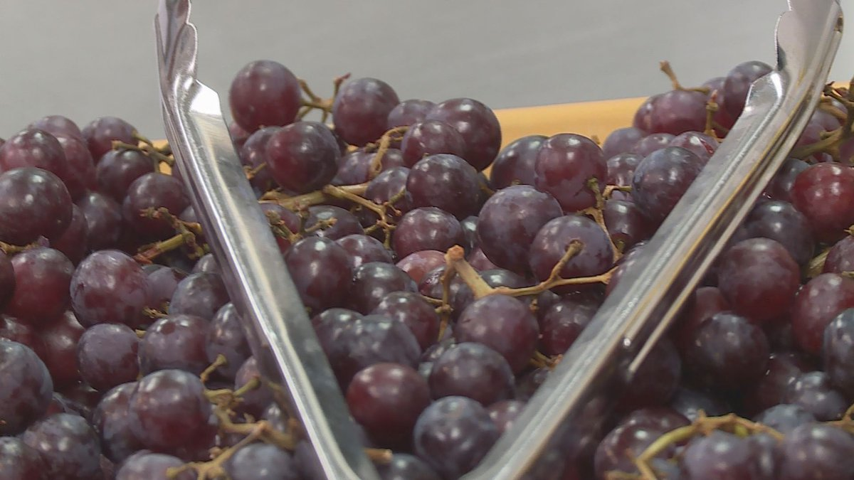 Grapes available to students at lunch at Lincoln High School on Feb. 25, 2020. (WSAW Photo).