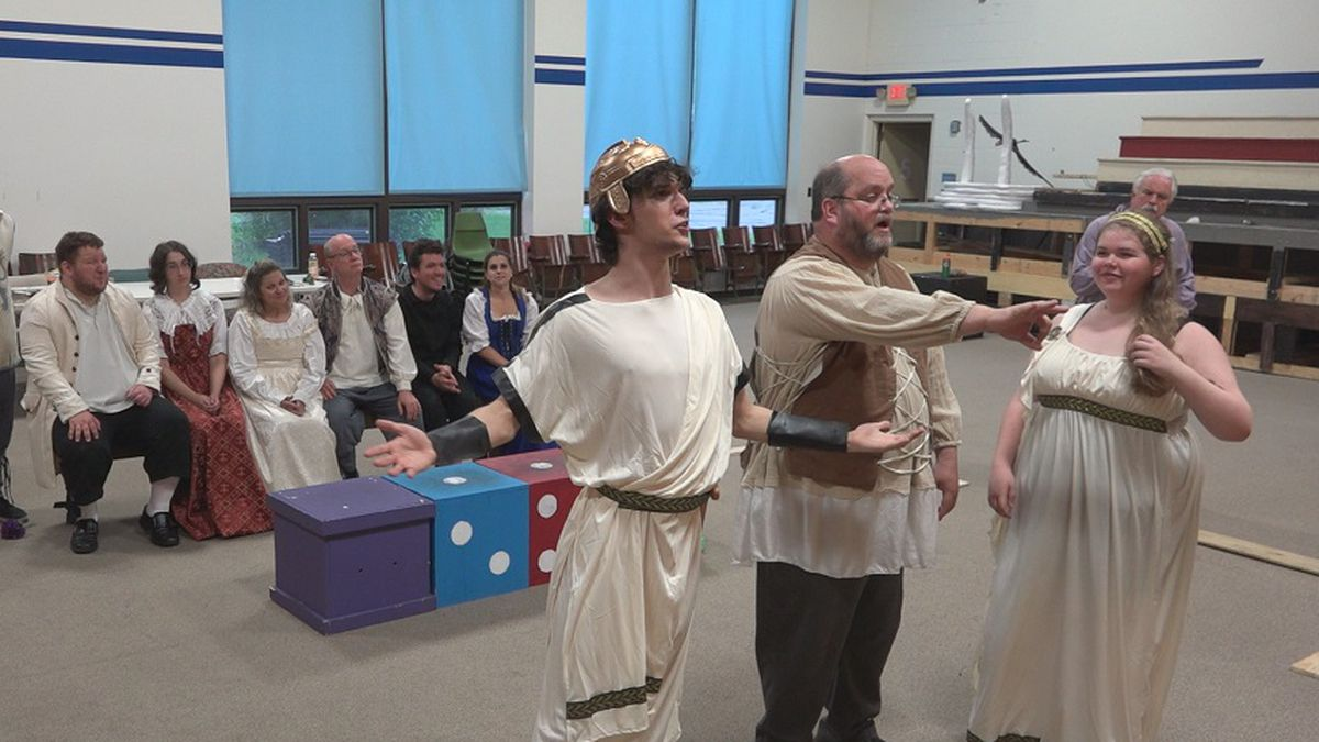 The lovers watch a performance of 'Pyramus and Thisbe' in Act 5, Scene 1 of 'A Midsummer Night's Dream'