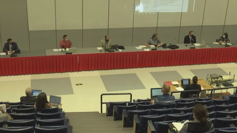 Wausau school board votes on close contact issue.