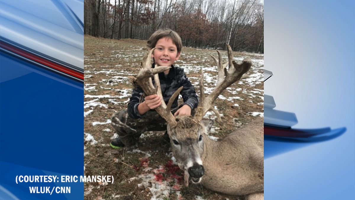 7-year-old Jericho Manske pictured with his 21 point buck (courtesy: Eric Manske)