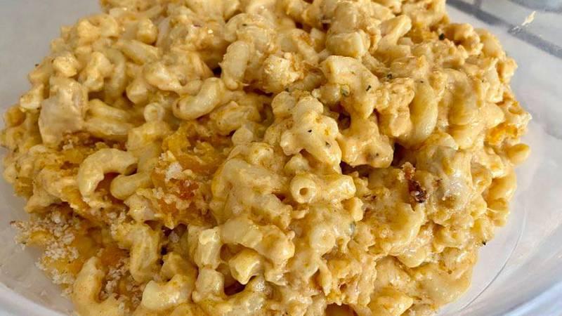 Mac and cheese dish