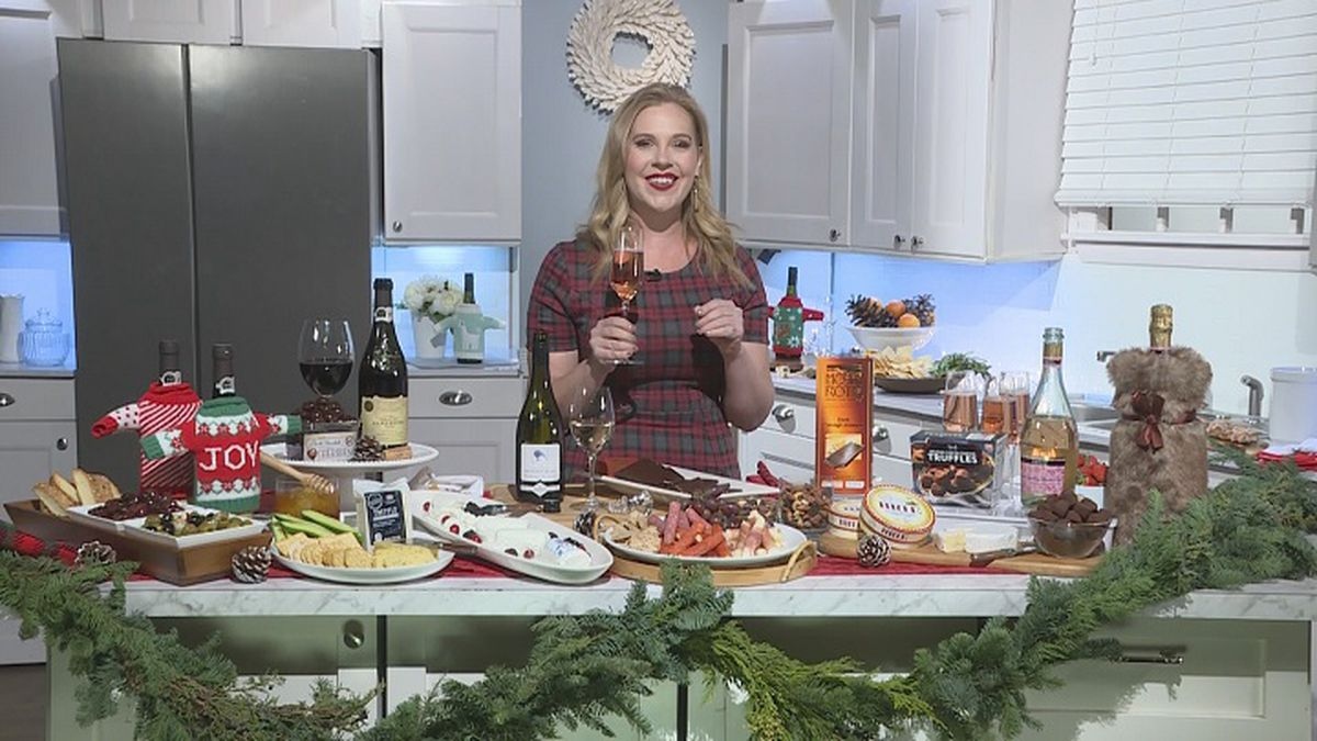 Sarah Tracey, a wine expert, shares wine and food pairings with Holly Chilsen (WZAW photo)