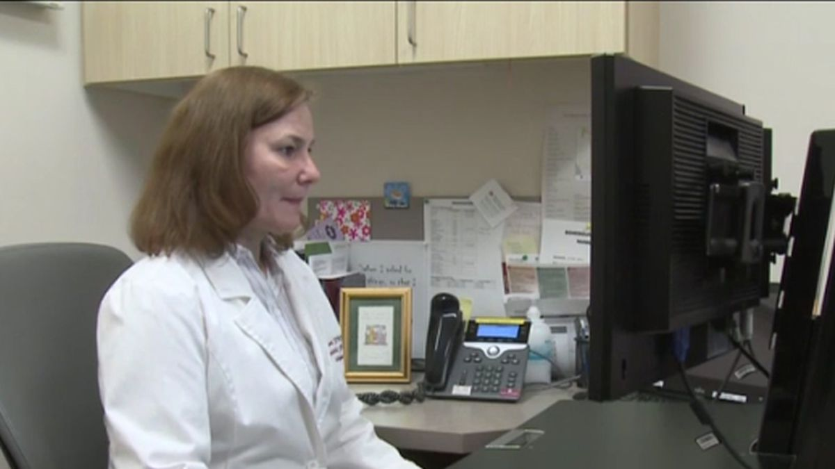 Laura Lauer works at Marshfield Clinic (WSAW PHOTO)