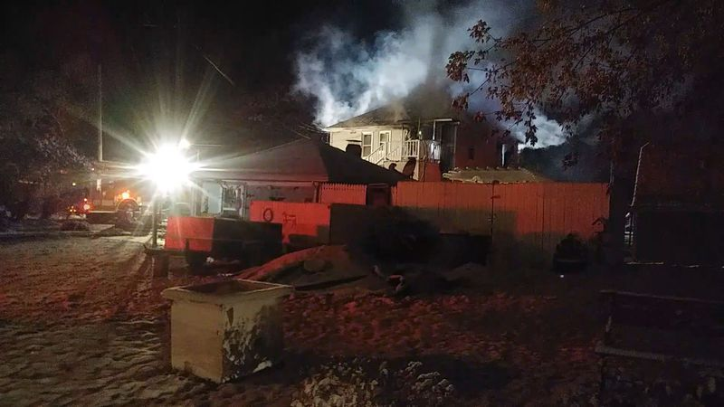 Crews are responding to a structure fire on Daly Ave. in Wisconsin Rapids.