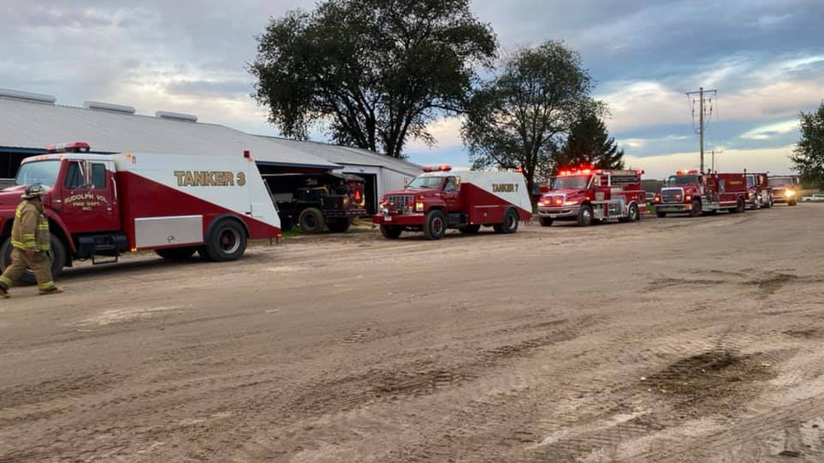 Fire reported at farm near Junction City