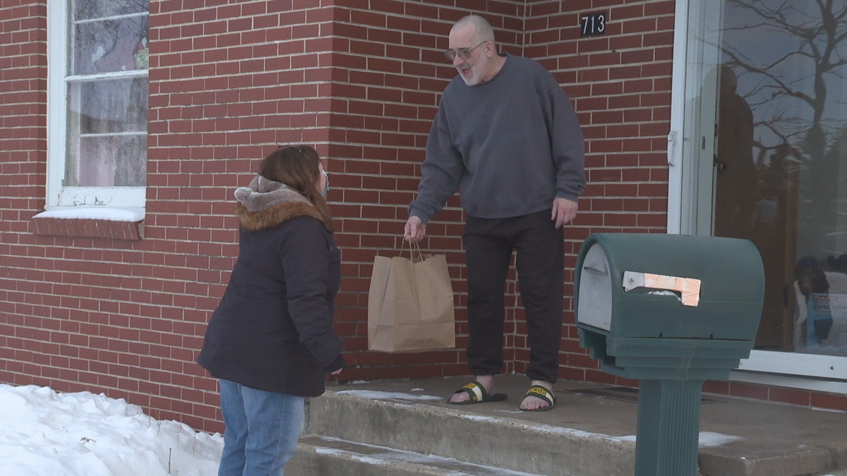 On Wednesday the Wausau American Legion Post 10 went to work donating Valentines meals.