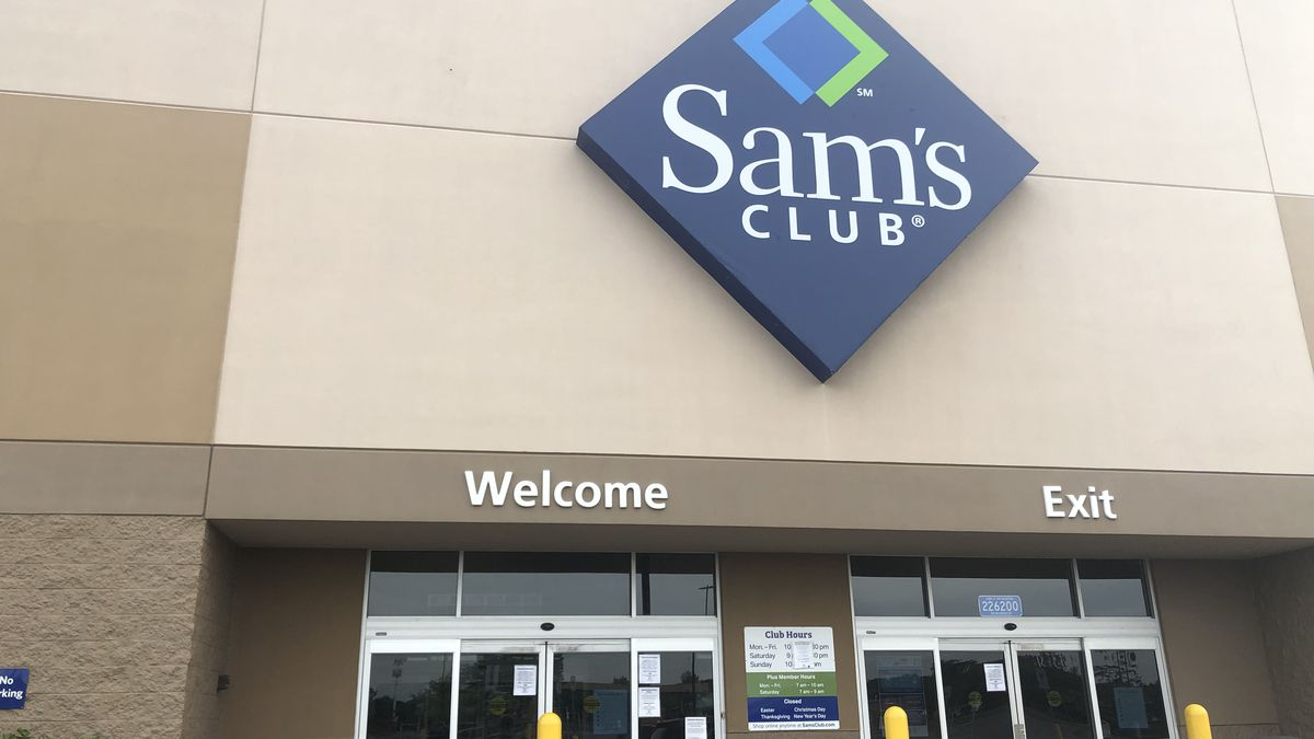 Sam's Club in Rib Mountain appears to be one of several stores that the organization has closed around the country as protests and violence continues in the wake of George Floyd's death. (WSAW photo)