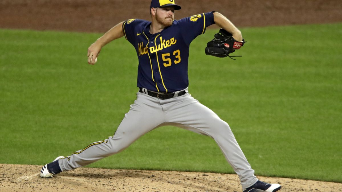 Milwaukee Brewers starting pitcher Brandon Woodruff delivers during the sixth inning of the...