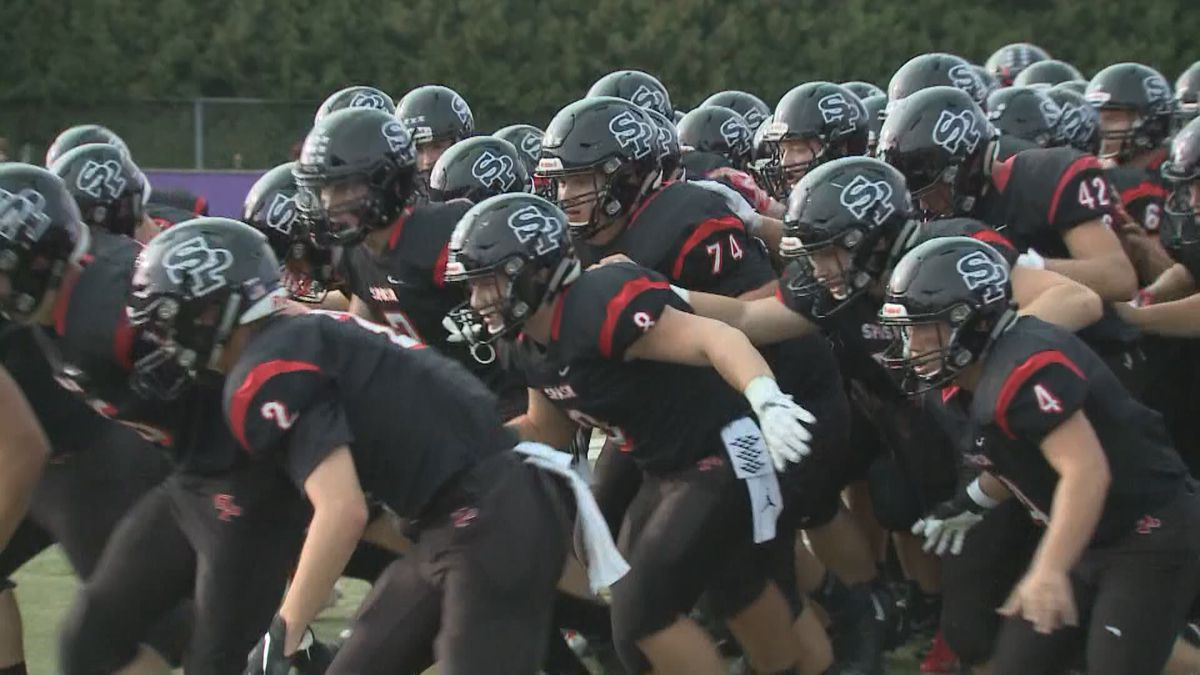 SPASH Football before a game in fall 2019. (WSAW)