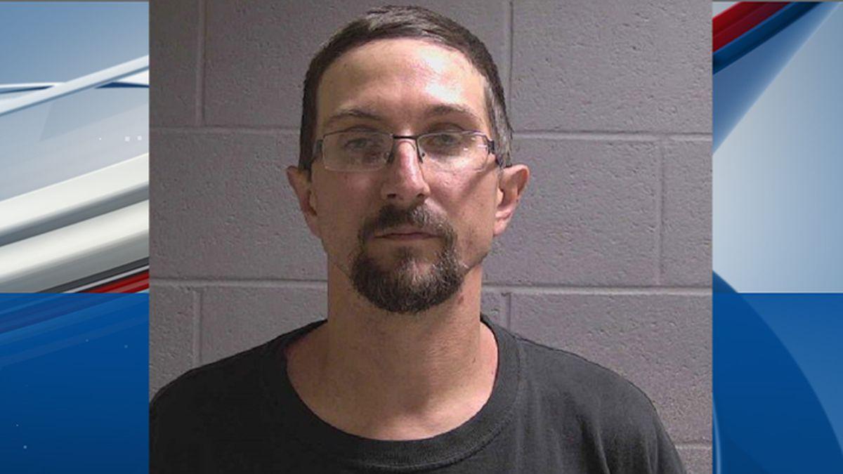 7 foot sex offender assaulted
