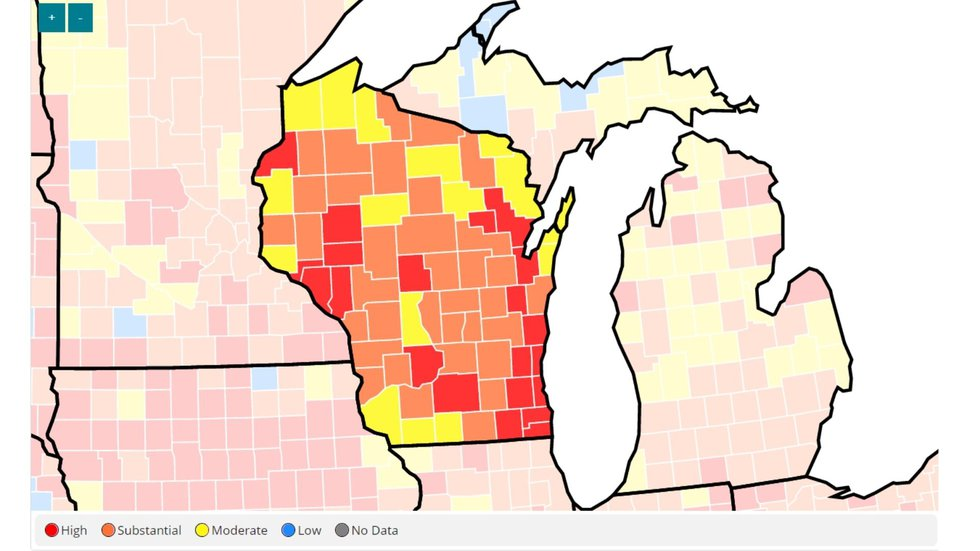 A map displaying COVID-19 transmission levels in Wisconsin for August 5, 2021.