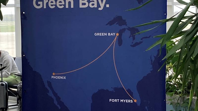 Sun Country will offer seasonal nonstop flights to Fort Myers, Florida and Phoenix, Arizona.