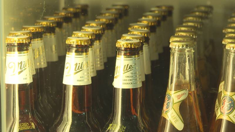 A new ordinance allowing people to drink outside in Stevens Point was passed on Tuesday morning.