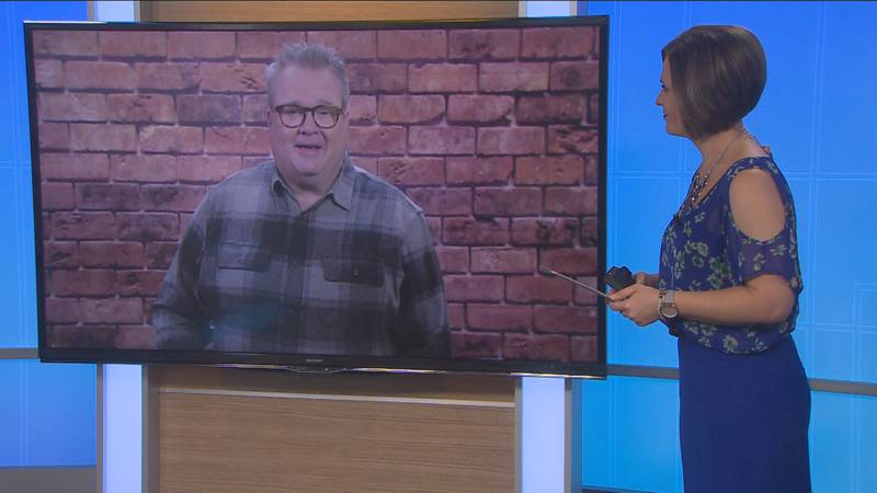 Eric Stonestreet talks about pig farming myths with Holly Chilsen