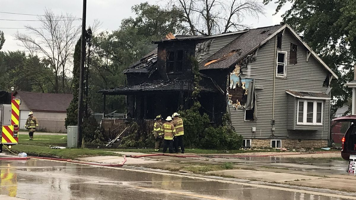 State and local authorities are investigating the group home fire that claimed three lives in Fond du Lac. Sept. 19, 2019 (WBAY Photo)